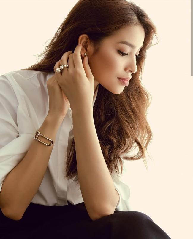 Đâu chỉ mỗi Kỳ Duyên, showbiz Việt đã có thêm Tân Hoa hậu Scandal mới mang tên Phạm Hương - Ảnh 6.