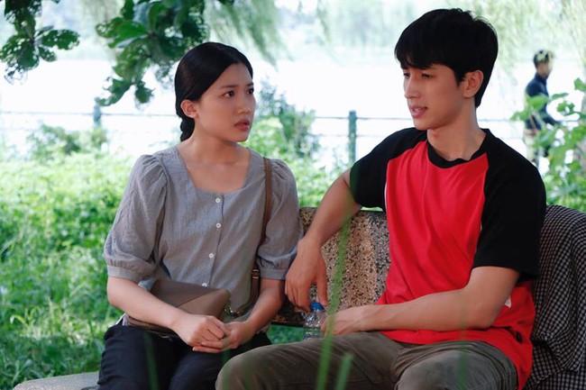 Diễn viên trẻ Lương Thanh nói về cảnh nóng gây tranh cãi với NSND Trần Nhượng - Ảnh 1.