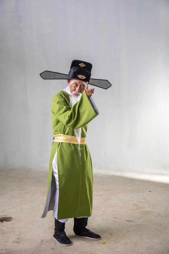 Bộ phim cuối cùng của nghệ sĩ Lê Bình: Trước khi mất vì ung thư vẫn cố mang đến tiếng cười cho khán giả  - Ảnh 3.