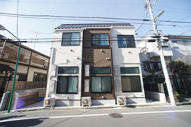 Khám phá kiểu phòng trọ siêu nhỏ ở Nhật, bàn ghế đã chiếm 1/3 diện tích nhưng vẫn đầy đủ tiện nghi - Ảnh 3.