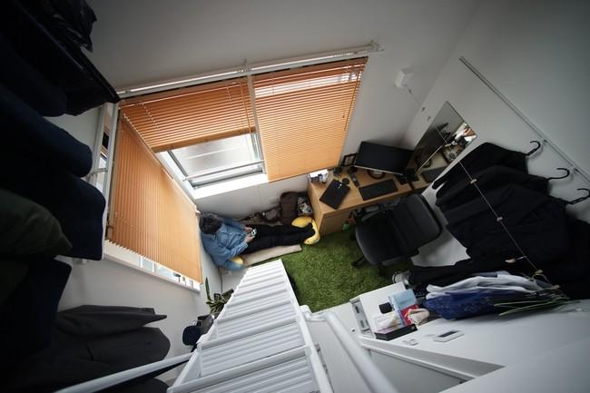 Khám phá kiểu phòng trọ siêu nhỏ ở Nhật, bàn ghế đã chiếm 1/3 diện tích nhưng vẫn đầy đủ tiện nghi - Ảnh 4.