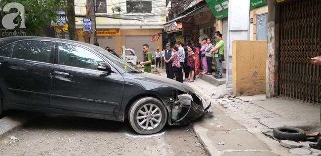 Người dân kể lại giây phút chứng kiến nữ tài xế lùi xe Camry cán chết người: Cô ấy gây tai nạn rồi rời khỏi hiện trường - Ảnh 4.