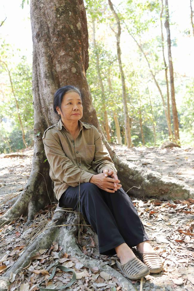 Nghệ sĩ Tú Trinh - Người mẹ trong ký ức tuổi thơ: Khi trẻ khiến ai cũng khiếp sợ, về già lấy nước mắt triệu người vì quá đáng thương - Ảnh 6.