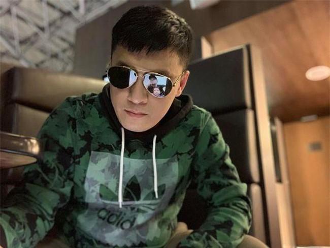 Sau khi bị mắc kẹt tại sân bay nước ngoài, Lam Trường chia sẻ về sự cố hy hữu  - Ảnh 1.