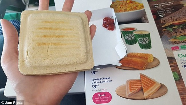 Từ trường hợp em bé bị bỏng vì ăn mì trên máy bay, lưu ý các món tuyệt đối không ăn khi cho trẻ đi du lịch - Ảnh 6.