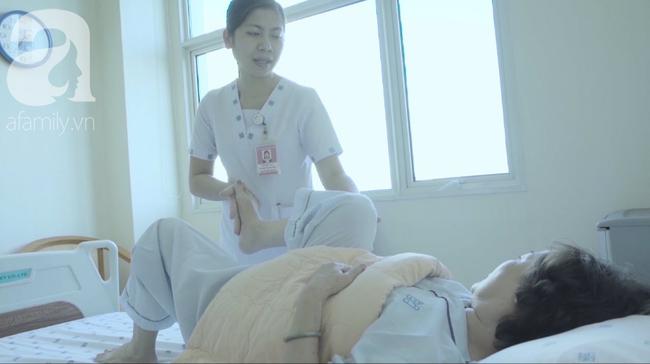 Chỉ vì tự chữa bệnh theo cách mà ai cũng cho là an toàn, người phụ nữ bị nhiễm trùng toàn thân, nằm liệt giường  - Ảnh 1.