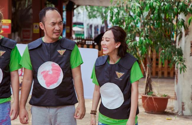 Vừa tái xuất sau Chị Mười Ba, vợ chồng Thu Trang - Tiến Luật đã trở mặt thành thù - Ảnh 4.