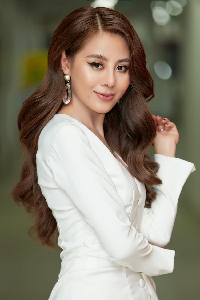 Bị chê khi làm MC Bạn muốn hẹn hò, Nam Thư lên tiếng: Tôi không dám đọc bình luận của khán giả!  - Ảnh 4.