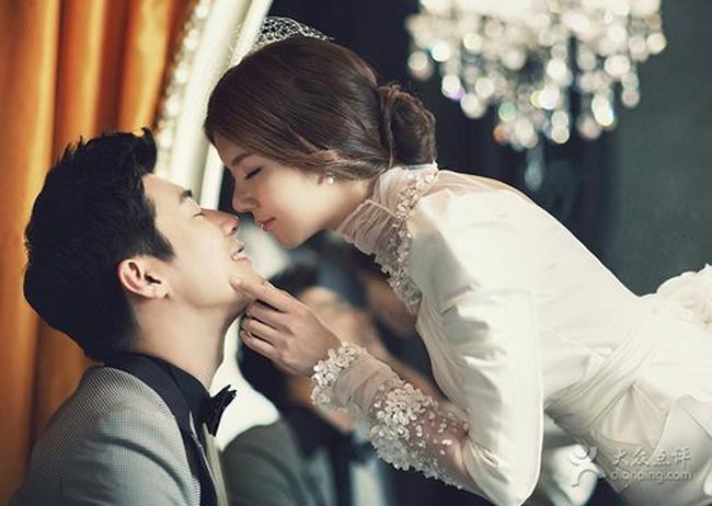 Đêm tân hôn được chồng soái ca tạo bất ngờ bằng quà khủng, nhưng mở ra cũng là lúc toàn bộ cục diện thay đổi chóng mặt - Ảnh 1.