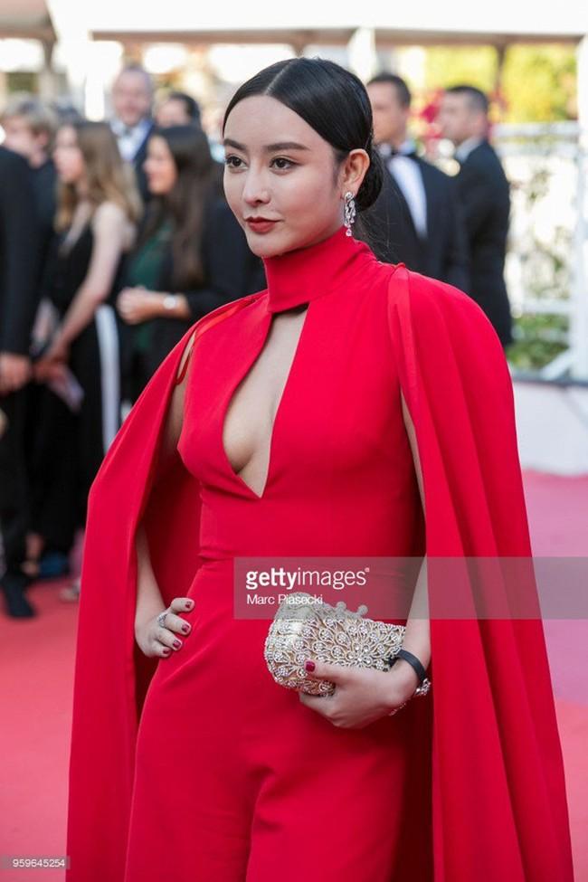 """Xuất hiện Phạm Băng Băng """"nhái"""" đi dự LHP Cannes  - Ảnh 3."""