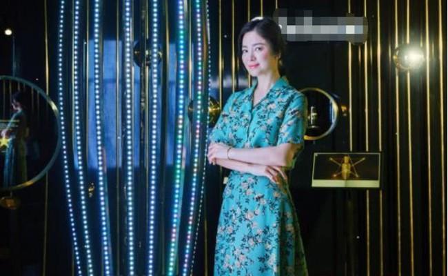 Sau lùm xùm ly hôn, đại mỹ nhân xứ Hàn Song Hye Kyo lộ mặt già nua lão hóa khi dự sự kiện - Ảnh 2.