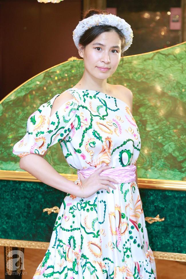 Hoa hậu Hương Giang xinh đẹp tỏa sáng khi đứng cạnh minh tinh Châu Hải My - Ảnh 11.
