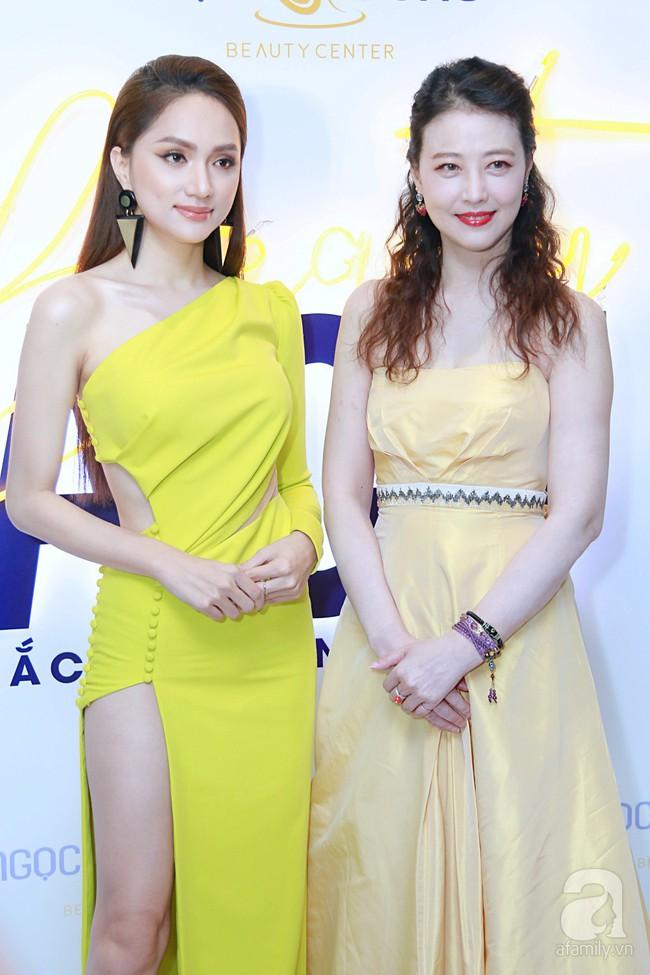 Hoa hậu Hương Giang xinh đẹp tỏa sáng khi đứng cạnh minh tinh Châu Hải My - Ảnh 7.