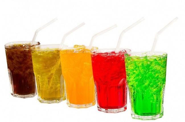BS khuyến cáo: Uống 1 lon nước ngọt/ngày, ung thư xuất hiện sớm, ác tính hóa nhanh - Ảnh 2.