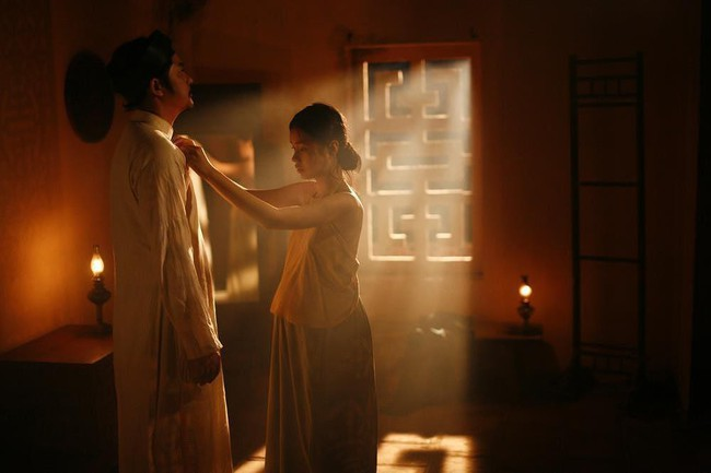 """Trang Hạ nói về việc để bé gái 13 tuổi đóng cảnh 18+ trong """"Vợ Ba: Tại sao không phải một diễn viên đóng thế ngực trần? - Ảnh 1."""