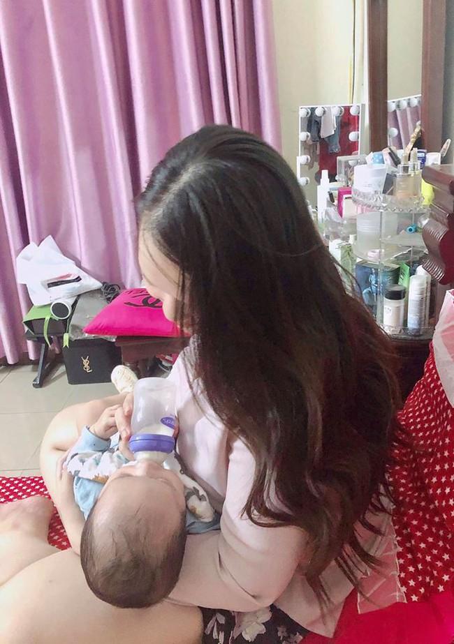 Sau hành trình chiến đấu lại virus RSV gây viêm phổi, mẹ Hà Nội cảnh báo các mẹ khác đừng coi thường nụ hôn thần chết - Ảnh 11.