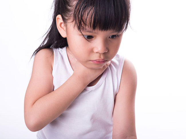 Các mẹ làm tốt 5 điều sau sẽ giúp con cái giảm nguy cơ bị tái phát viêm amidan - Ảnh 3.