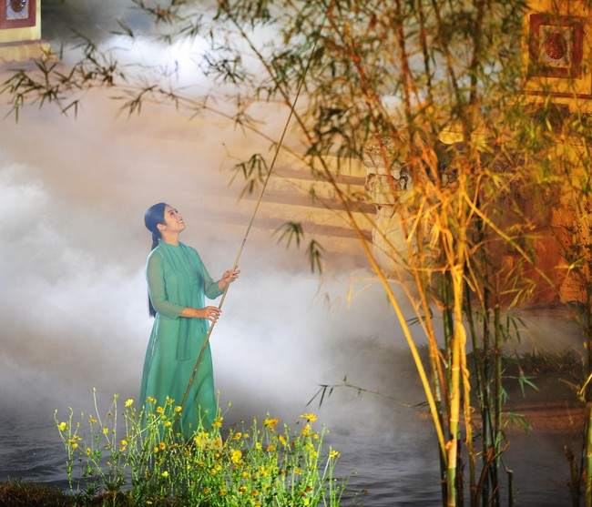 Con gái Hồng Quế tự tin xuất hiện bên Ngọc Hân mà không có mẹ - Ảnh 7.