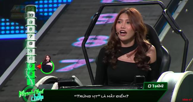 Hố đen của Nhanh như chớp: Vân Trang - Han Sara - Quỳnh Châu và những lần bị chê vô duyên, phản cảm khiến khán giả phát bực - Ảnh 14.