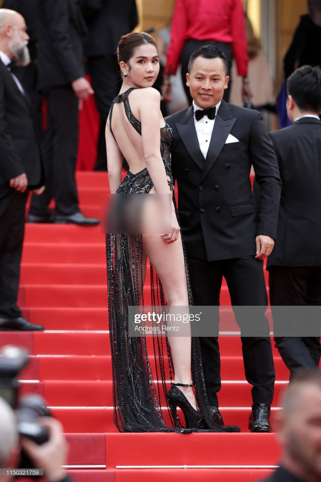 Truyền thông quốc tế đăng ảnh Ngọc Trinh hở nguyên vòng 3 trên thảm đỏ Cannes nhưng ánh mắt ái ngại của mọi người mới đáng chú ý  - Ảnh 7.