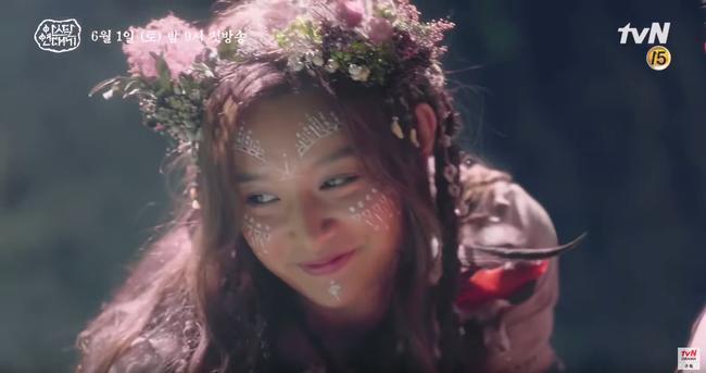 Jang Dong Gun chém giết tàn bạo, bóp cổ bạn gái Song Joong Ki trong phim mới - Ảnh 7.
