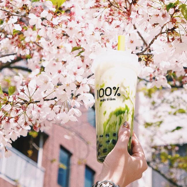 Một Trăm - thương hiệu trà sữa đang khiến giới trẻ Nhật Bản phát cuồng nhờ vào nguyên liệu làm trân châu cực quen thuộc với người Việt - Ảnh 1.