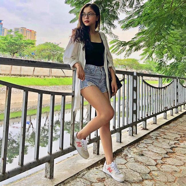 Vừa khoe ảnh mặc quần ngắn 5 phân ngồi banh chân, Nhật Lê bạn gái Quang Hải lại bị dân mạng khẩu nghiệp - Ảnh 8.