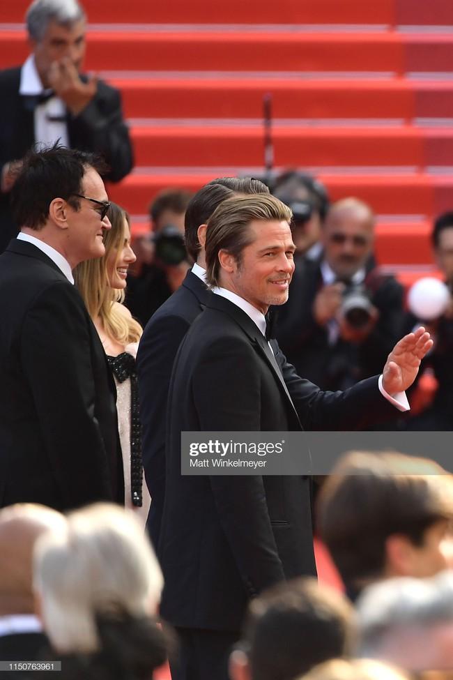 Brad Pitt và Leonardo trên thảm đỏ Cannes: Thời gian dẫu lấy đi cặp mỹ nam tuổi đôi mươi nhưng vẫn giữ lại cho ta hai gã lãng tử bậc nhất Hollywood - Ảnh 7.