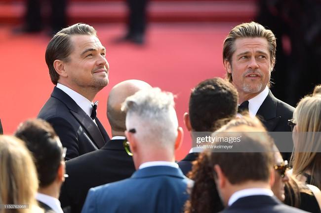 Brad Pitt và Leonardo trên thảm đỏ Cannes: Thời gian dẫu lấy đi cặp mỹ nam tuổi đôi mươi nhưng vẫn giữ lại cho ta hai gã lãng tử bậc nhất Hollywood - Ảnh 8.