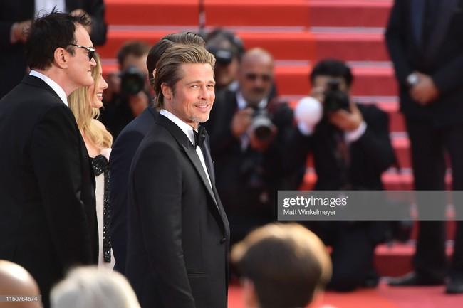 Brad Pitt và Leonardo trên thảm đỏ Cannes: Thời gian dẫu lấy đi cặp mỹ nam tuổi đôi mươi nhưng vẫn giữ lại cho ta hai gã lãng tử bậc nhất Hollywood - Ảnh 16.