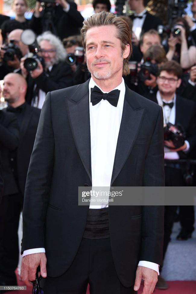 Brad Pitt và Leonardo trên thảm đỏ Cannes: Thời gian dẫu lấy đi cặp mỹ nam tuổi đôi mươi nhưng vẫn giữ lại cho ta hai gã lãng tử bậc nhất Hollywood - Ảnh 20.