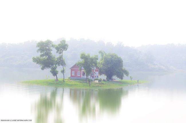 Cách Hà Nội chỉ 40km, đây là địa điểm xanh mát cho gia đình cùng nhau đi trốn dịp cuối tuần - Ảnh 10.
