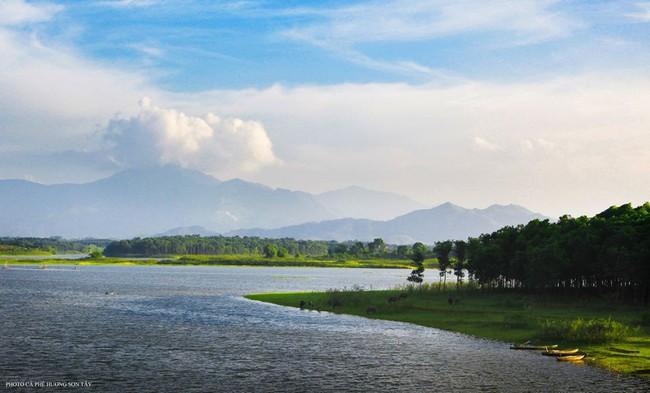 Cách Hà Nội chỉ 40km, đây là địa điểm xanh mát cho gia đình cùng nhau đi trốn dịp cuối tuần - Ảnh 11.