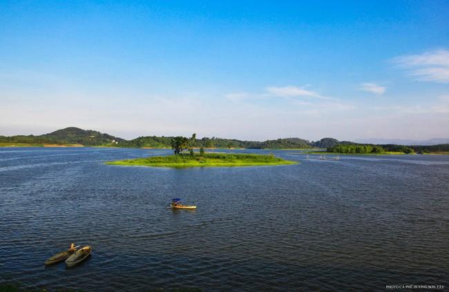 Cách Hà Nội chỉ 40km, đây là địa điểm xanh mát cho gia đình cùng nhau đi trốn dịp cuối tuần - Ảnh 12.