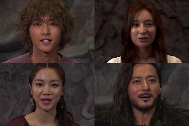 Lộ hậu trường bom tấn mới: Jang Dong Gun phong độ bao nhiêu, Song Joong Ki ngơ ngác bấy nhiêu - Ảnh 1.