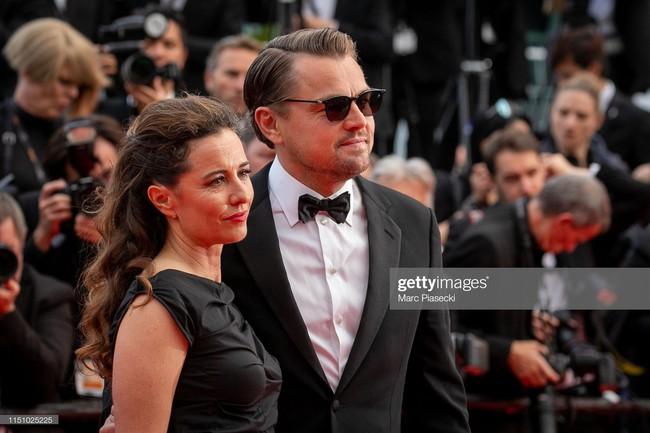 """Thảm đỏ Cannes ngày 9: Bất ngờ với gương mặt cứng đơ như tượng sáp và """"ca"""" khoe ngực hớ hênh - Ảnh 4."""