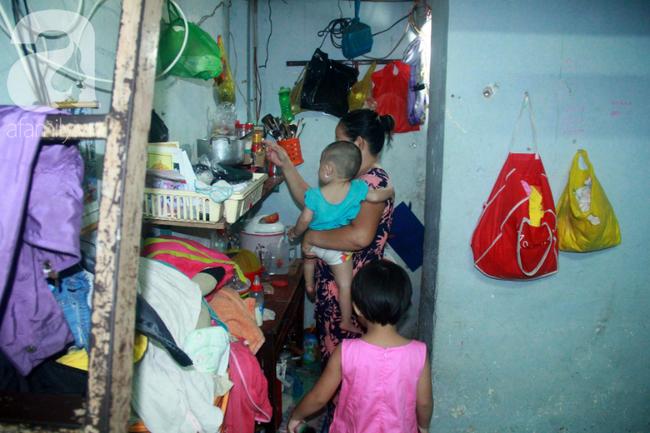 Bất chấp nguy hiểm, mới mổ sinh được 10 ngày, người mẹ đã đi làm thuê để nuôi 5 người con, cháu cùng chồng bệnh tật - Ảnh 8.