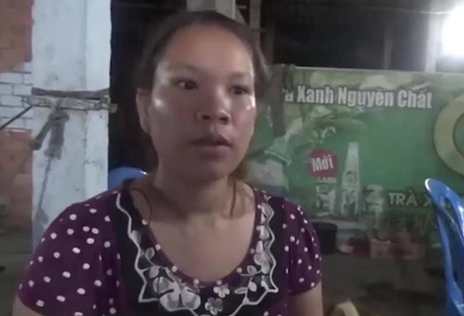Cộng đồng mạng chia sẻ clip bóc phốt bà chủ quán ăn đánh người ở Long An - Ảnh 2.