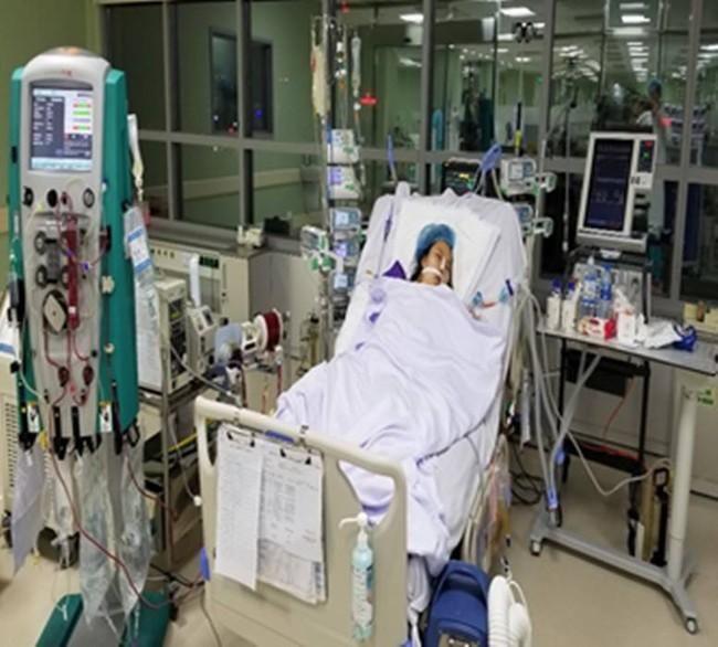 Cứu sống cô gái nguy kịch vì viêm cơ tim bằng phương pháp ECMO - Ảnh 1.