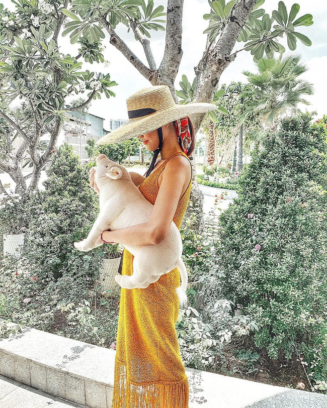 Đã mắt khi ngắm style du lịch của sao Việt nhưng đồng thời, bạn sẽ góp nhặt được 1001 ý tưởng diện đồ tuyệt xinh - Ảnh 15.