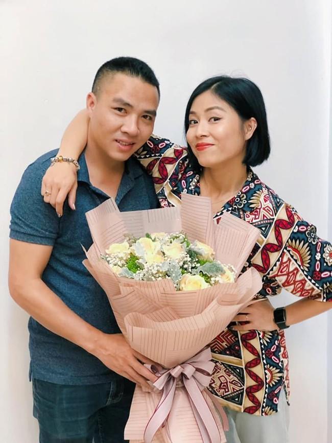 """MC Hoàng Linh bất ngờ lộ mặt thật"""", tiết lộ thâm cung bí sử tính cách chồng thứ hai của mình - Ảnh 1."""