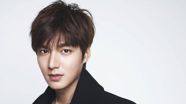 Lee Min Ho chính thức xác nhận đóng phim của biên kịch Hậu duệ mặt trời sau khi xuất ngũ - Ảnh 1.