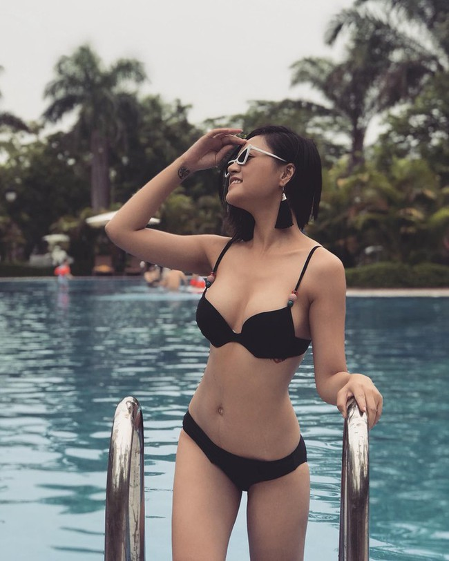 Mỹ nhân Vũ trụ VTV thả dáng với bikini: Ít khi khoe nhưng body cũng rất gì và này nọ, nóng bỏng chẳng kém ai - Ảnh 2.