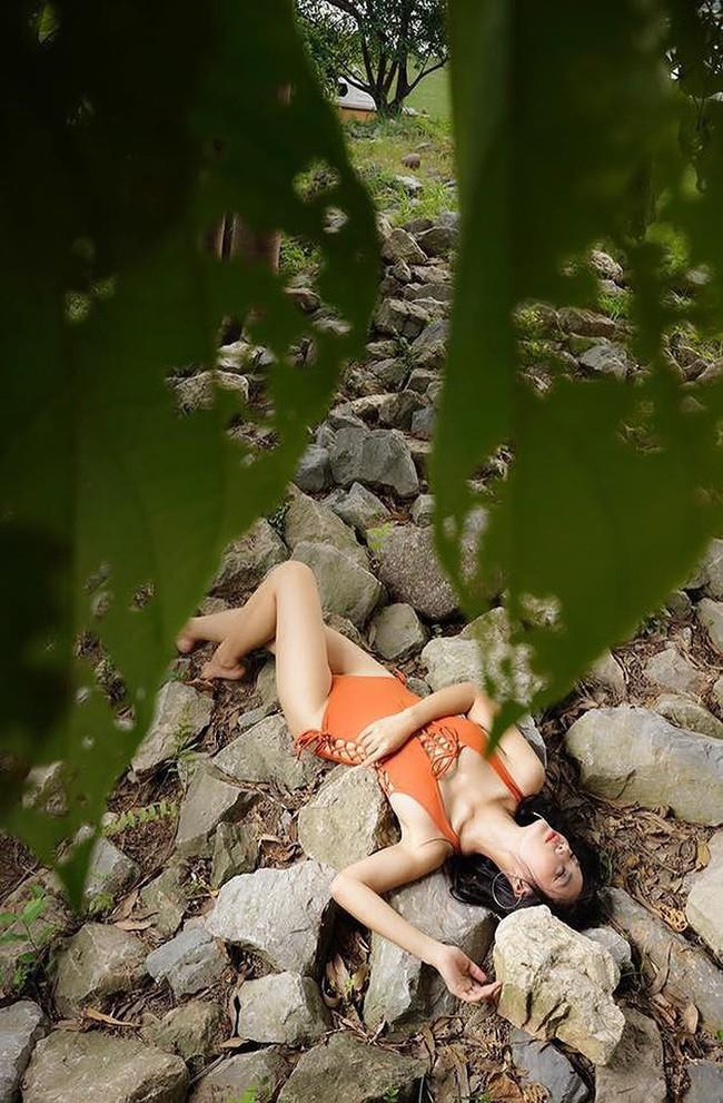 Mỹ nhân Vũ trụ VTV thả dáng với bikini: Ít khi khoe nhưng body cũng rất gì và này nọ, nóng bỏng chẳng kém ai - Ảnh 8.