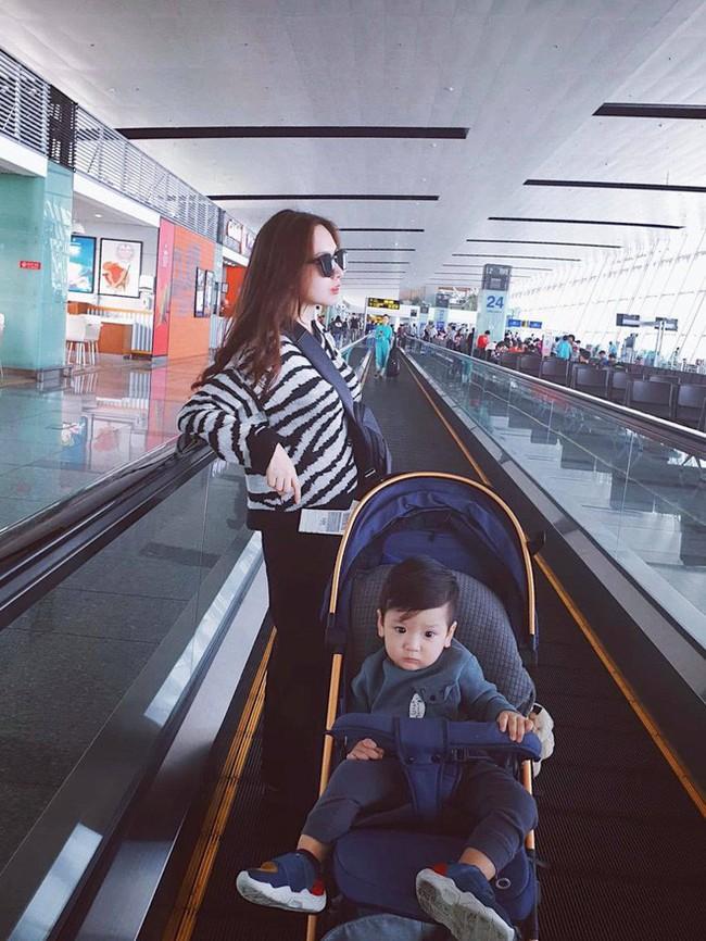 Hot mom Sài Thành đưa con đi du lịch từ 1 tháng tuổi và bật mí khiến nhiều người bất ngờ - Ảnh 2.