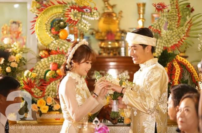 """Hot youtuber Cris Phan chính thức lên xe hoa, đám cưới đã """"siêu to, siêu khổng lồ"""" mặt chú rể còn biểu cảm như đang livestream thế này - Ảnh 7."""