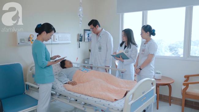 Tự mua kháng sinh điều trị khó thở, một bệnh nhân Bến Tre suýt chết vì vi khuẩn kháng thuốc gây viêm phổi nặng - Ảnh 3.