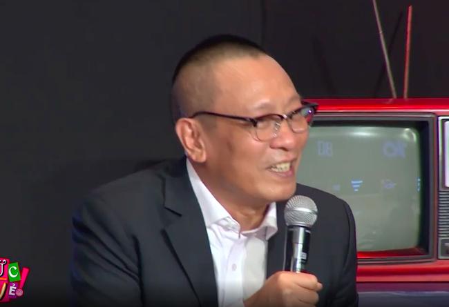 """""""Ký ức vui vẻ"""": MC Lại Văn Sâm gặp sự cố khó nói, khán giả không trách mà ngược lại còn hò hét cổ vũ vì điều này - Ảnh 6."""