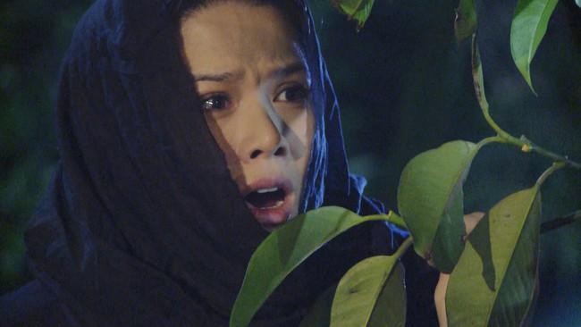 """""""Tiếng sét trong mưa"""" tập 23: Bình - Nhật Kim Anh ôm bụng bầu nhảy sông tự sát, khán giả thương xót đến tột cùng - Ảnh 6."""