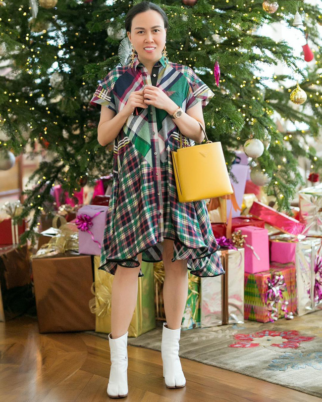 """Chi nửa tỷ đổi style nhưng Phượng Chanel vẫn """"hiện nguyên hình"""" tại sinh nhật Ngọc Trinh: Là tiếc đồ cũ hay còn lý do sâu xa khác? - Ảnh 5."""